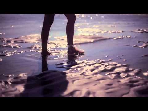 Клип Villeneuve - The Sun