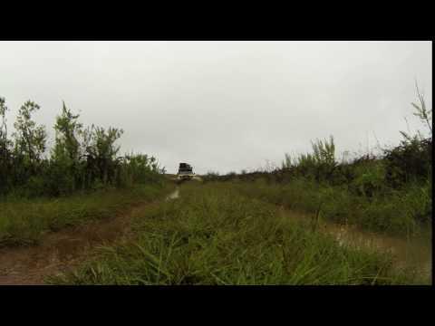 Rijden door plas in Nyika NP