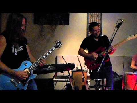 Larry Lemery and Brandt Taylor jam on War Pigs w JC