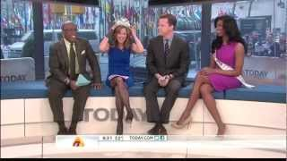 Repeat youtube video Natalie Morales great stockings 1-11-13