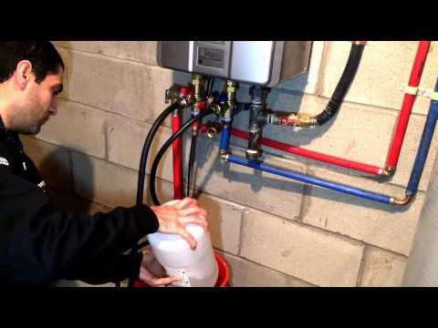 [SOLVED] Tankless water heater flush - Easy descaling method - Fix error code LC - Rinnai RL75i
