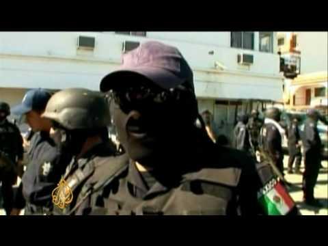 'Corrupt' police in Mexico drug war
