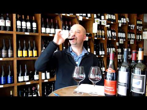 What Are The Differences Between Pinot Noir, Cabernet And Merlot? - Tell Me Wine TV