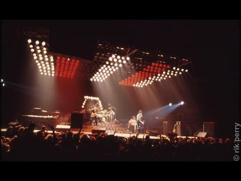 Queen LIVE In New York City 11/17/1978 COMPLETE/REMASTERED