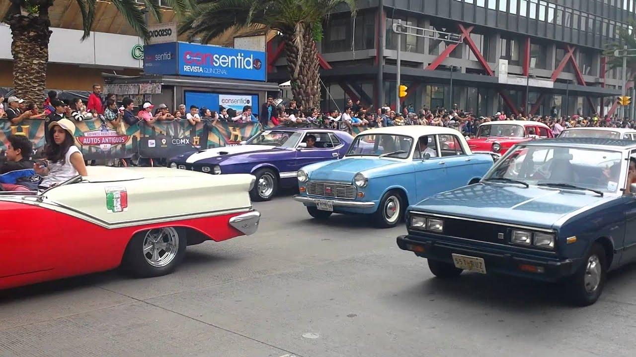 Exhibición de autos clásicos en Reforma by Rogelio Jasso