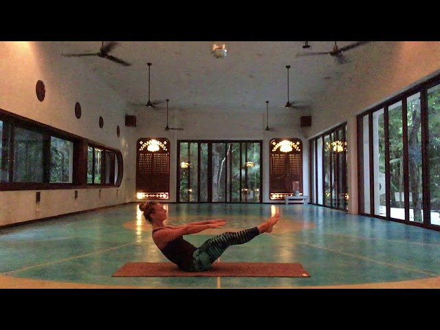 Hamstring and core warmup by Pranacore @ Holistika Tulum
