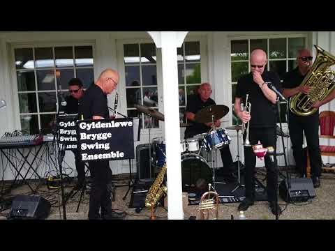 GYLDENLØVE Brygge Swing Ensemble