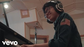 Joey Alexander - The Light