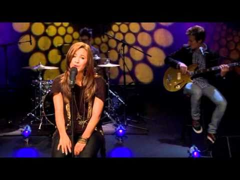 Demi Lovato - Catch Me [HQ] (Cambio Cares Exclusive Concert)