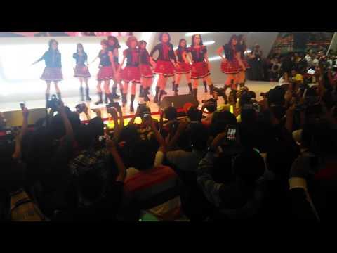 02112014 JKT48 - Kurumi to Dialogue (Pameran Otomotif Surabaya) @Grand City