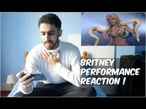 BRITNEY SPEARS SNAKE VMA PERFORMANCE REACTION!