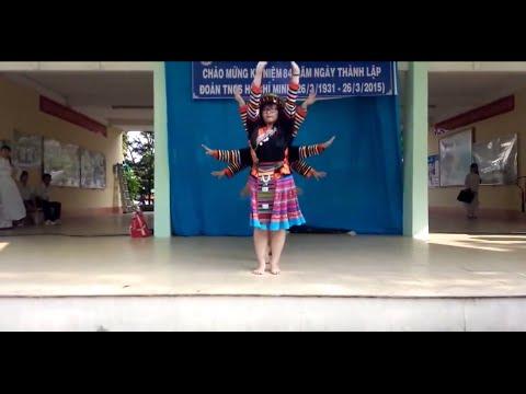 Múa Chiều Lên Bản Thượng - 12D1 Tạ Quang Bửu 2014-2015