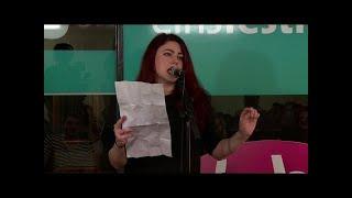 Tahnee macht jetzt Poetry-Slam