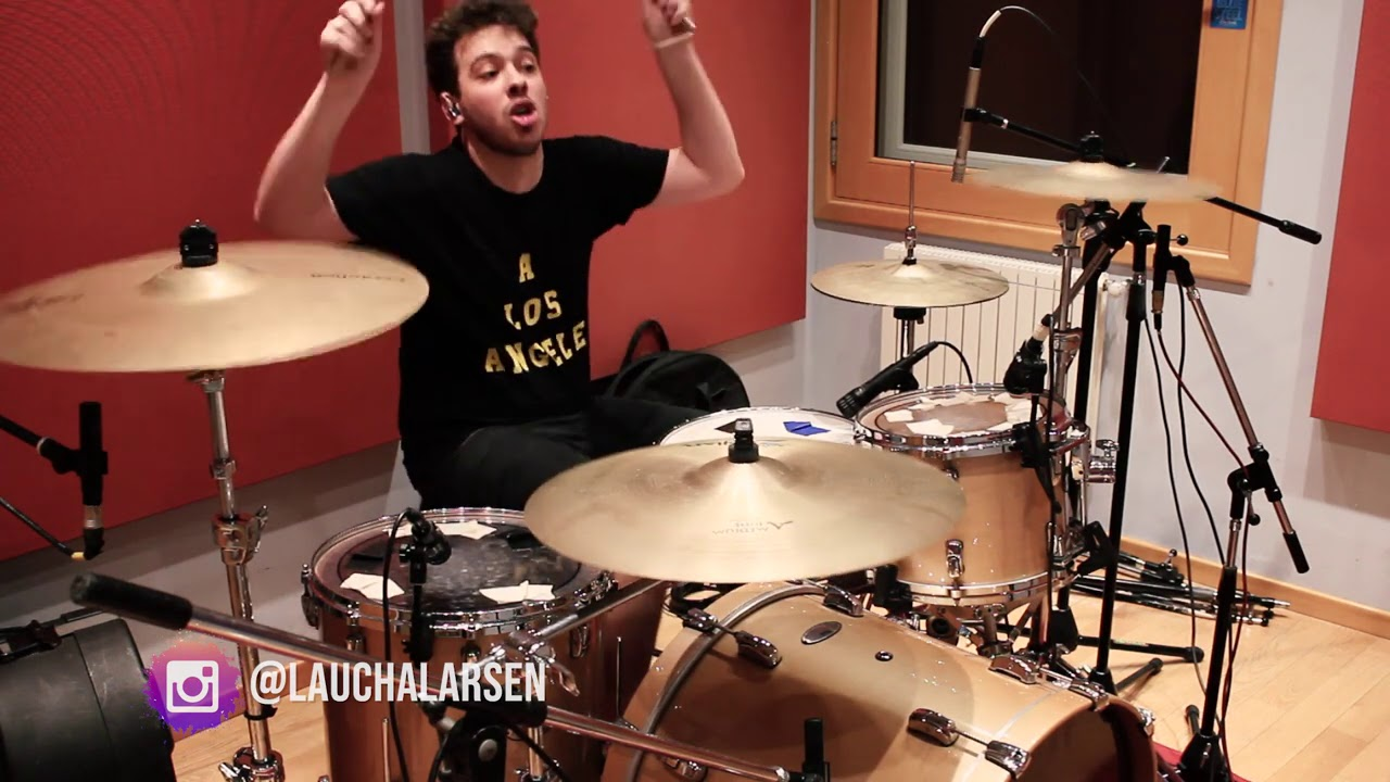 Foo Fighters - This Is A Call | DRUMCOVER por @lauchalarsen