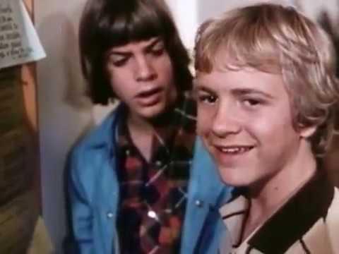 "Download ""An Innocent Love""-U of Wash Campus 1982"