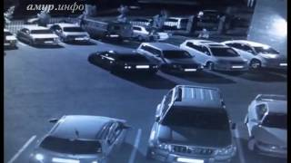 В Благовещенске подростки прыгали по припаркованным во дворе ...
