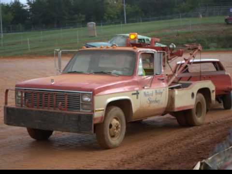 Virginia Dirt Track Racing in the Blue Ridge Mountains