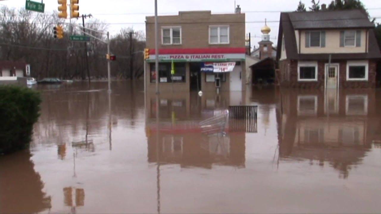 Green Brook Nj >> Manville, NJ. Flood 2010 - YouTube