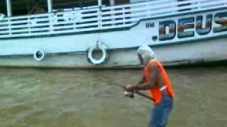 esse e uns dos peixes maiores do rio madeira rondonia porto velho!!!!!!