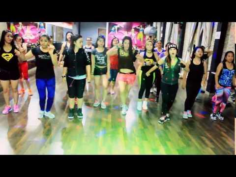 Mama Minta pulsa By Siti Badriah -Choreo By Chenci At BFS Studio Borneo
