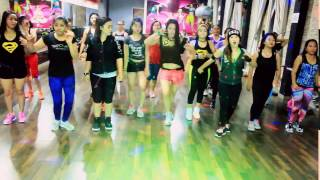 Cover images Mama Minta pulsa By Siti Badriah -Choreo By Chenci At BFS Studio Borneo
