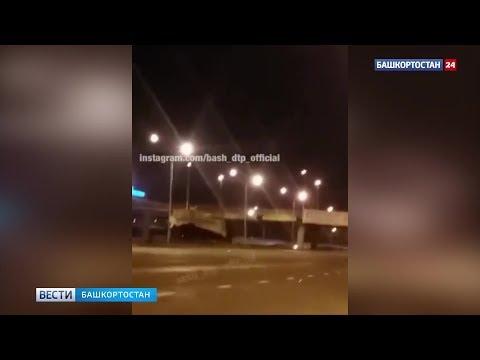В Уфе ураган повредил машины, баннеры и линии электропередач