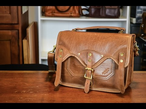 For Sale: JW Hulme Co Henry Crossbody Full Review! What's in my ...