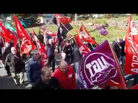 """""""Histórica"""" manifestación ante la fábrica de Sargadelos en Cervo"""