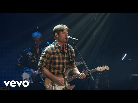 Chris Carmack  Spinning Revolver Nashville In Concert