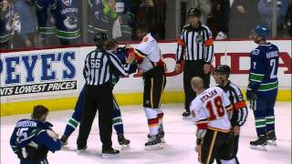 Gotta See It: Flames & Canucks brawl to end Game 2