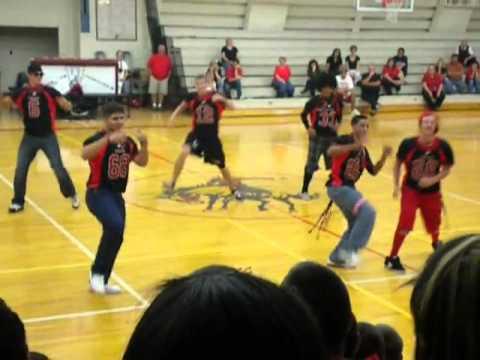 Willcox Cowboys Everybody Dance Now