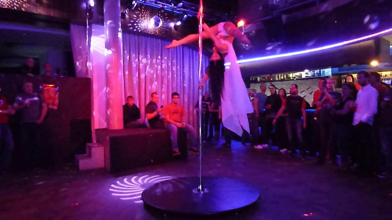 how to become a pole dancer in a club