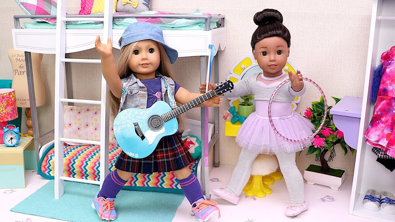 Sisters Dolls Morning Dress up for School Lessons!