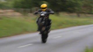 R1 Wheelie