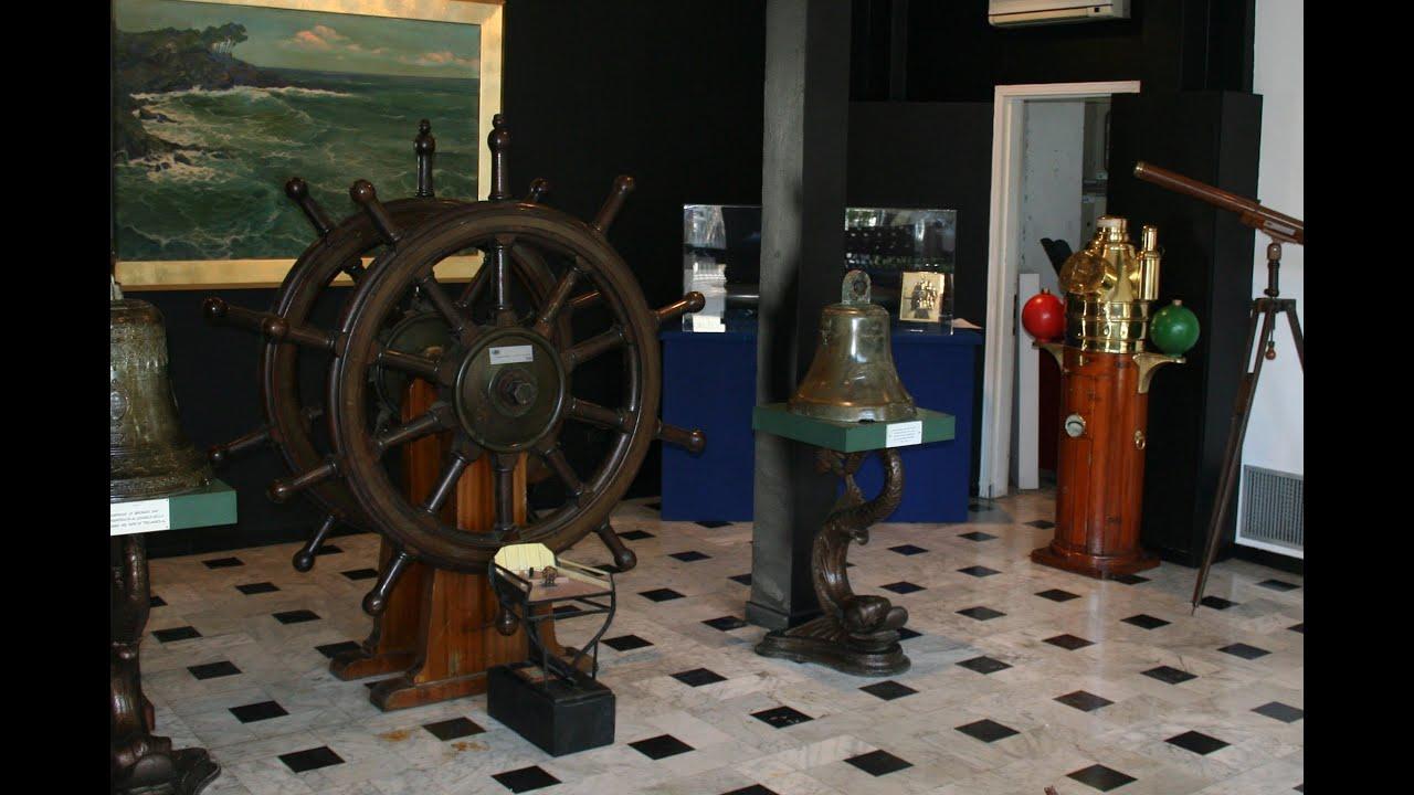 Mostra antiquariato navale in la spezia 2008 antiquariato for Il corsaro arredamenti