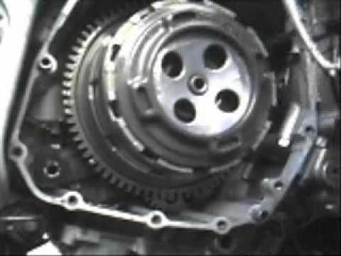Suzuki GSX-R Clutch Plate Replacement - YouTube