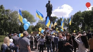 Даже Ждун устал: в Киеве переселенцы и АТОшники требовали доступное жилье