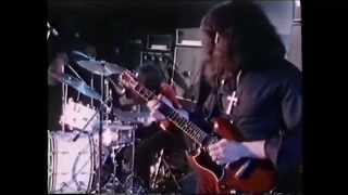 Black Sabbath Behind The Wall Of Sleep subtitulado español