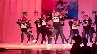 Хип хоп танцы. Девушки круто танцуют
