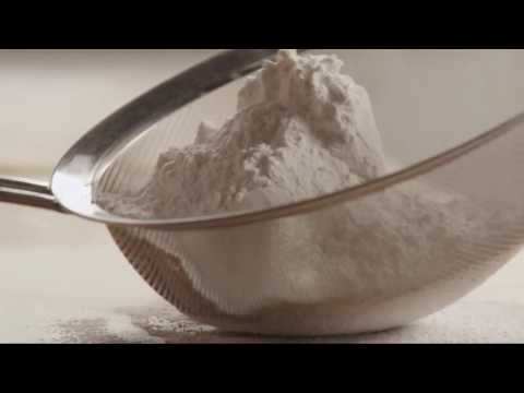 How to Make Heavenly White Cake mp4