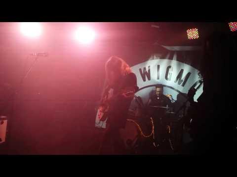 Gin Wigmore -Devil In Me Live @ Velvet Underground