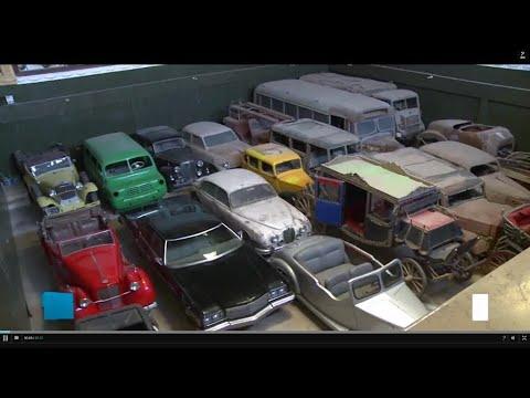 مصر سيارات ملكية ورئاسية قديمة في مرآب بالجيزة