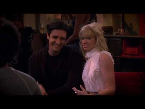 2 Broke Girls – And The French Kiss Clip4