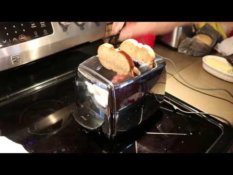 Sunbeam T20-B Toaster Post-Repair Demonstration