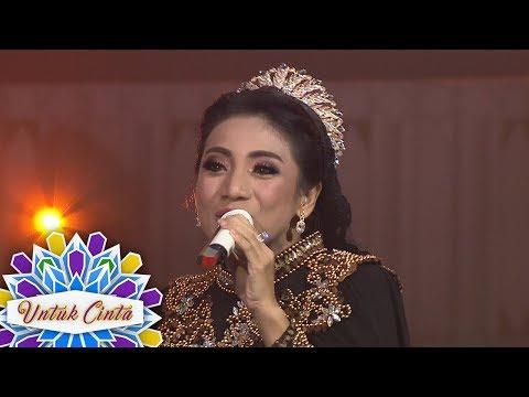 Asik Banget Nih Siti Rahmawati Nyanyi