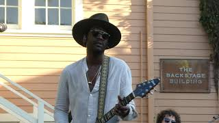 "Gary Clark Jr. sings ""Rolling Stone"" at A&M/Henson lot Video"