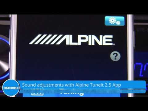 Alpine UTE-62BT Display and Controls Demo | Crutchfield Video