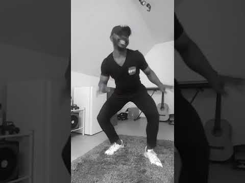 Moe Phoenix- Mohammad (Dance)