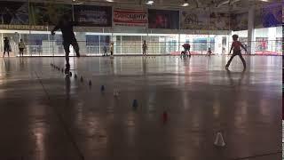 Скоростной слалом от инструктора Никиты. Speed slalom. Школа Роллер Омск.