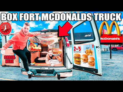 BOX FORT MCDONALDS FOOD TRUCK! Box Fort City Challenge